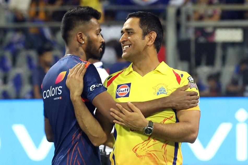 hardik pandya and dhoni