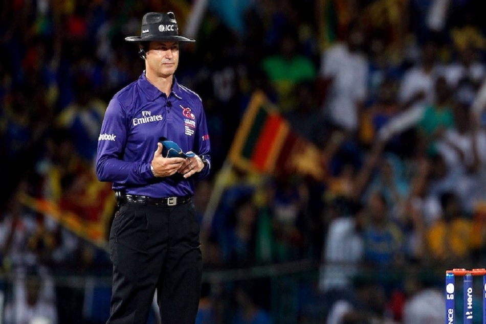 IPL 2019: Simon Taufel slammed MS Dhoni for interfering the umpire decision