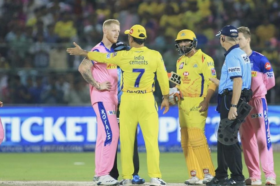 Ipl 2019 Virender Sehwag Feels Dhoni S Punishment Is Not Enought To Set Exmaple