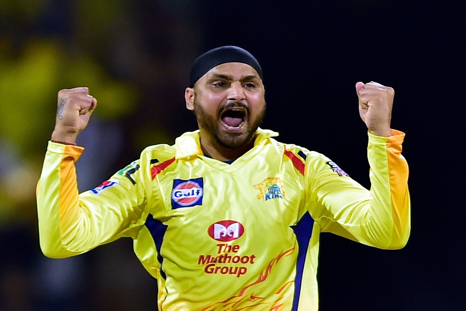Ipl 2019 Harbhajan Singh Becomes The Third Indian Bowler To Take 150 Wickets Ipl