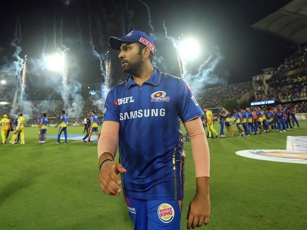 विजेता कप्तान रोहित शर्मा-