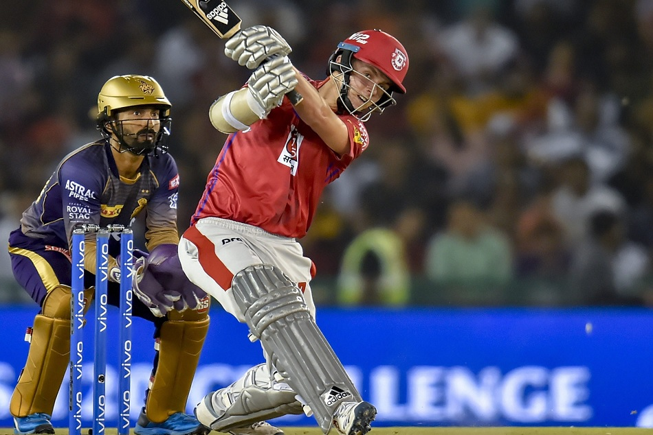 IPL 2019: Sam Curran batting explosion makes him the fastest Fifty scorer for KXIP in the season