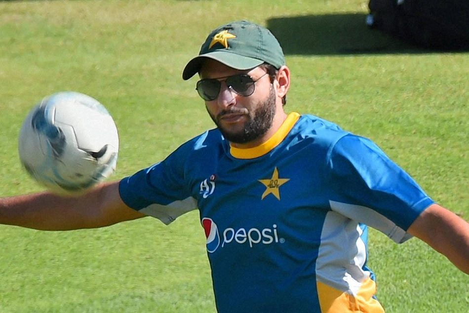 Shahid Afridi Reveals His Real Age In Autobiography Game Changer