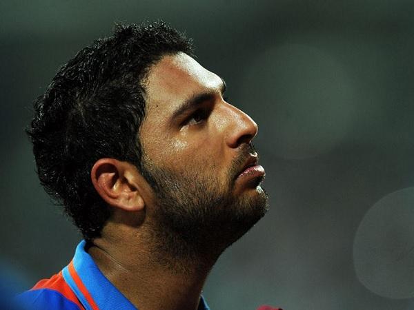 देखी क्रिकेट किट और छलक पड़े आंसू-