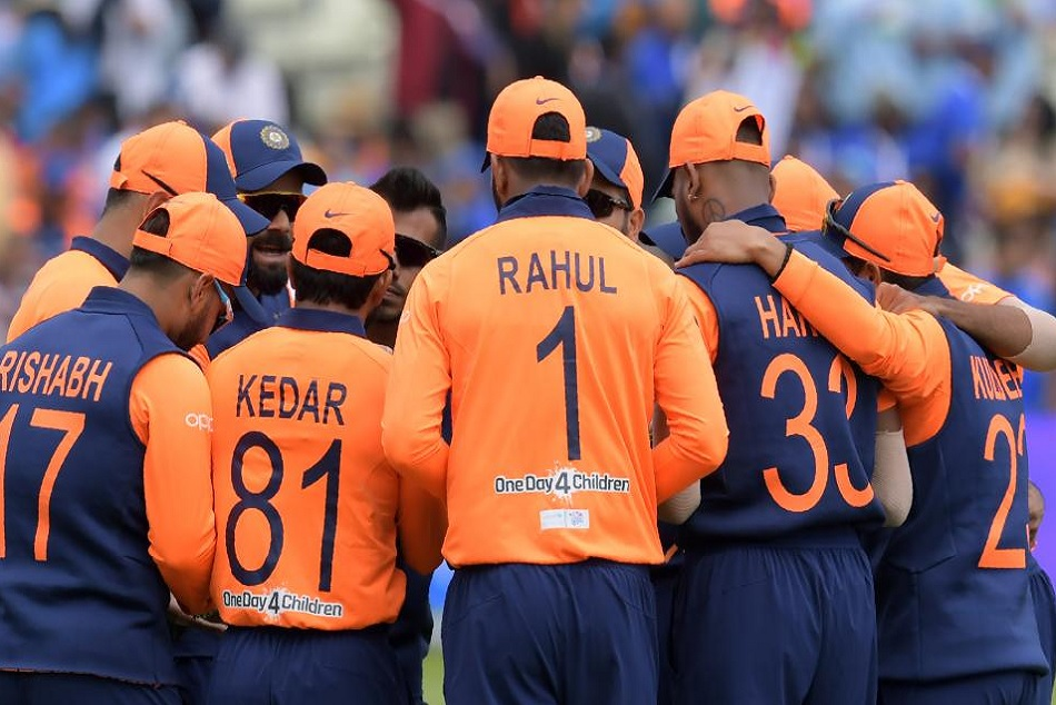 INDvsENG: KL Rahul left the field due to back problem between match