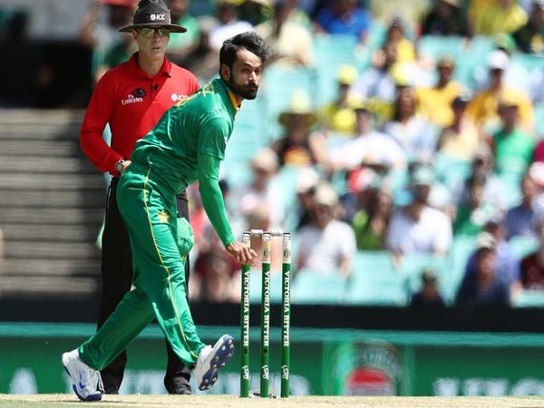 इमरान खान पर कटाक्ष-