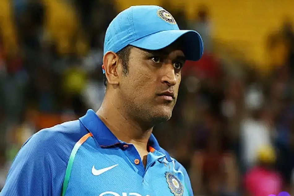 If Dhoni Uses The Sacrifice Badge Again He Will Get The Punishment