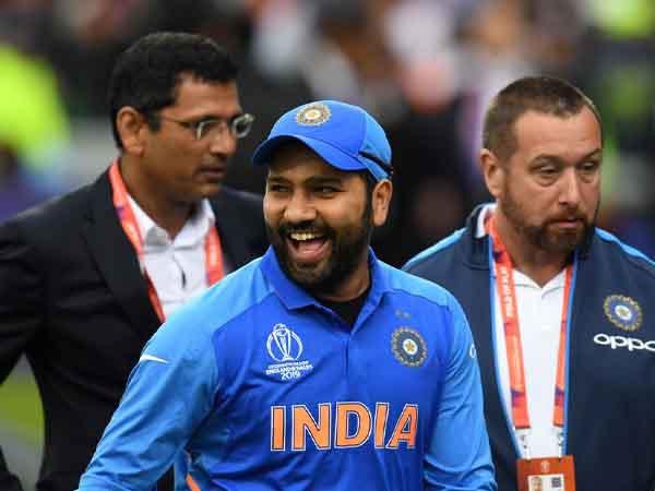 जब रोहित बने टीम के कप्तान