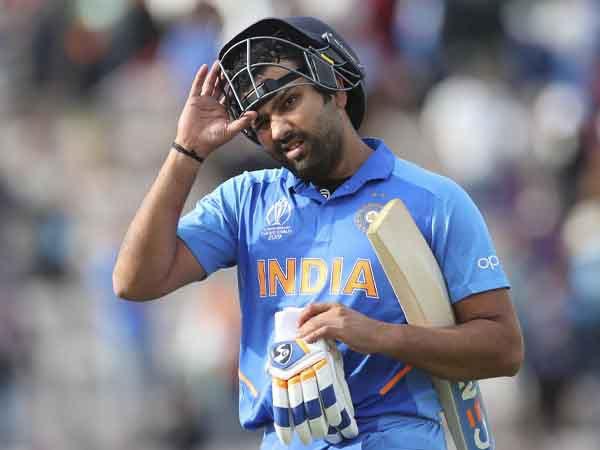 पहली बार स्पिन गेंदबाज को मिला विकेट