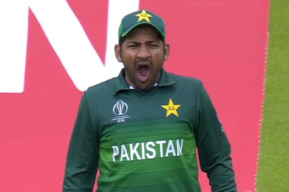 World Cup 2019, INDvsPaK: Sarfaraz Ahmed yawning on the field, brutally trolled by fans