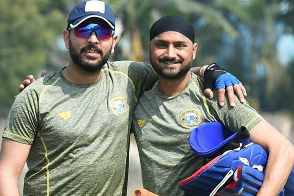 Yuvraj Singh Retires Harbhajan Singh Looks Back On A Long Boisterous Friendship With Yuvi