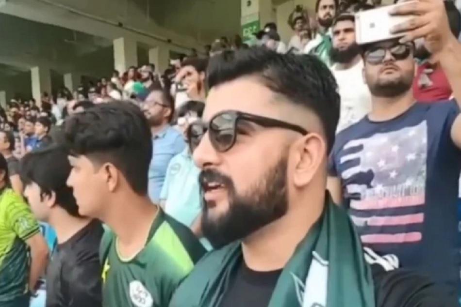 Pakistans Fan sings Indian national anthem during INDvsENG match, Video viral