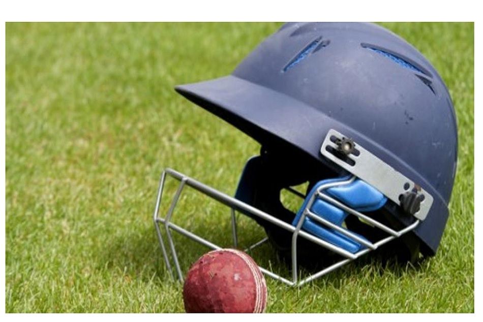 Kashmirs Under-19 cricketer died by hitting ball in neck during a match