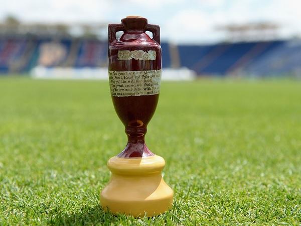 एशेज: क्रिकेट की सबसे पुरानी 'जंग'