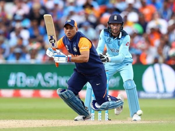 भारत का पहला छक्का 50 वें ओवर में