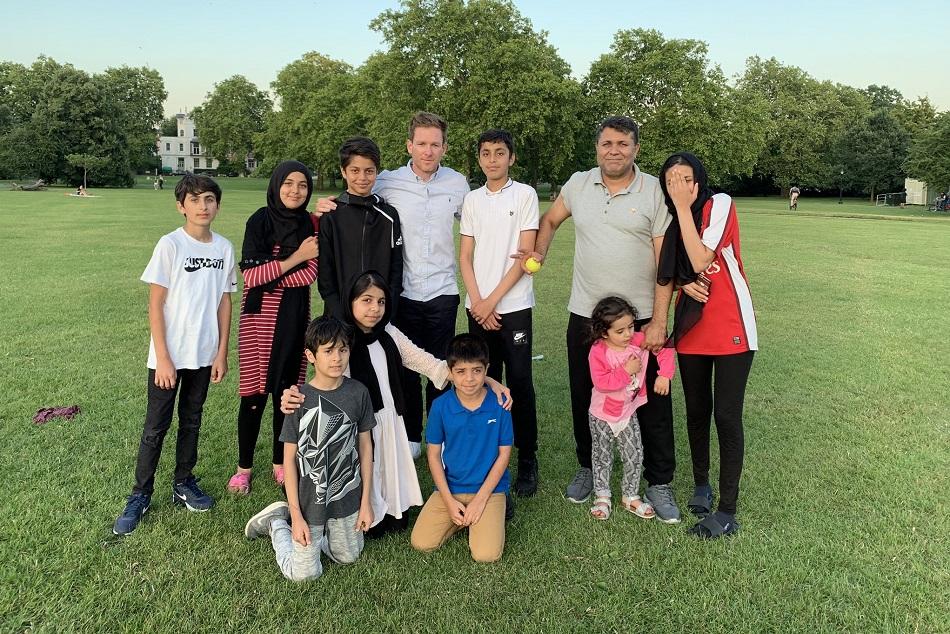 इयोन मोर्गन ने पूरी की एक अफगानी परिवार की इच्छा, राशिद ने ट्वीट कर कही बड़ी बात