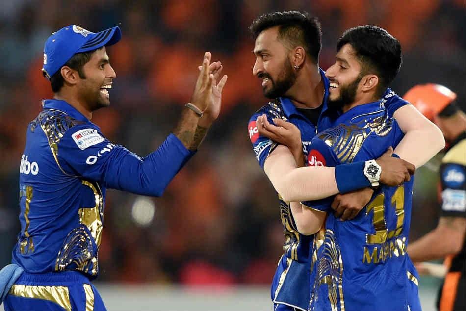 जानेंं कितनी है मुंबई इंडियंस के खिलाड़ियों की कमाई