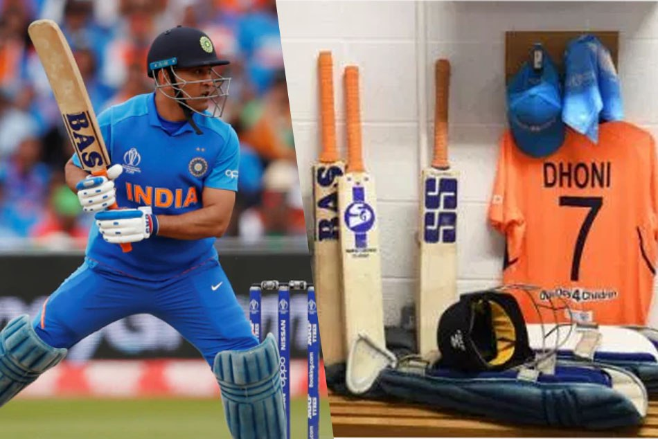 CWC19: Here is the reson Why is MS Dhoni using different bats with different logos