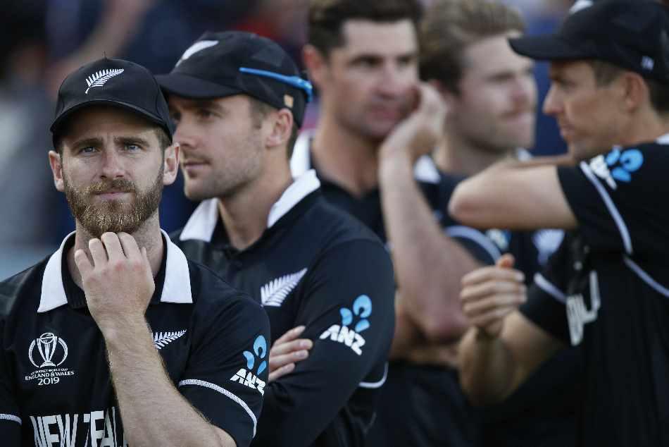 इंग्लैंड से खेल रहे 'न्यूजीलैंड' के इस खिलाड़ी की वजह से विश्व कप हार गई कीवी टीम