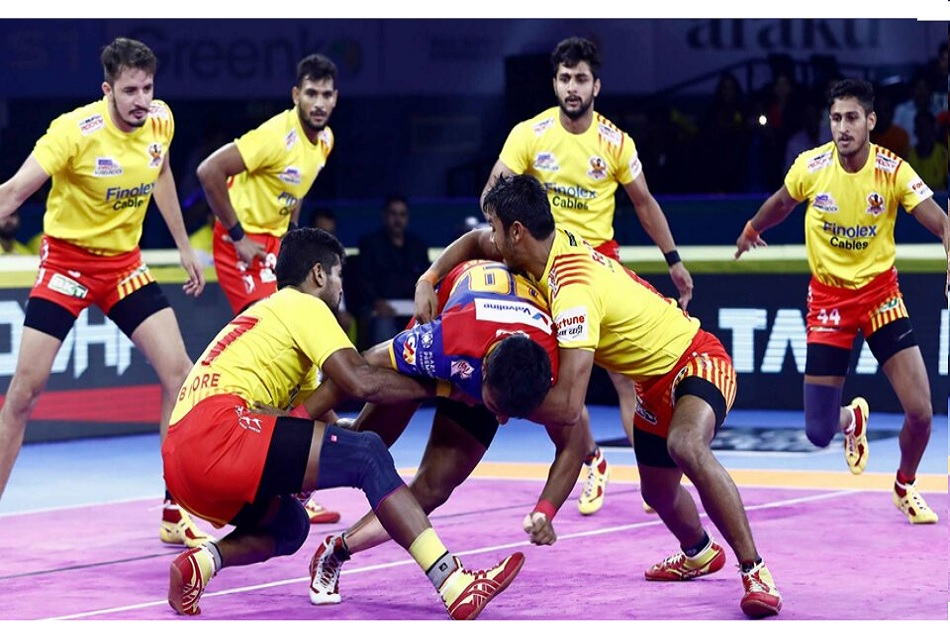 Pro Kabaddi League 2019: Once again UP Yoddha was destroyed in front of Gujarat Fortunegiants