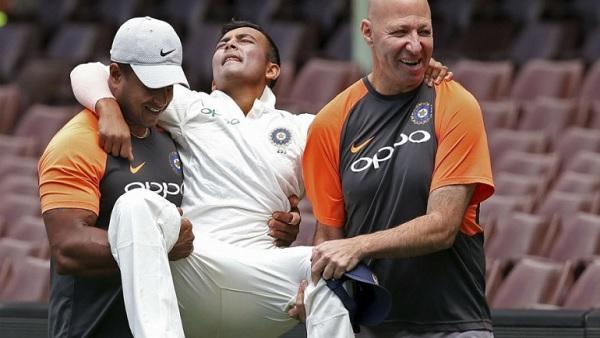 क्रिकेट के साथ जीवन की भी ट्रेनिंग लेनी जरूरी-