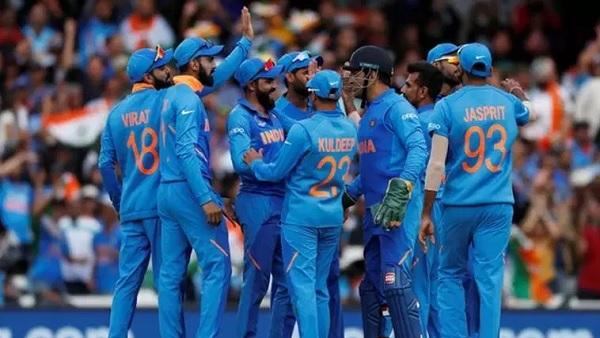 टीम इंडिया के खिलाड़ी ने तोड़ा अहम नियम