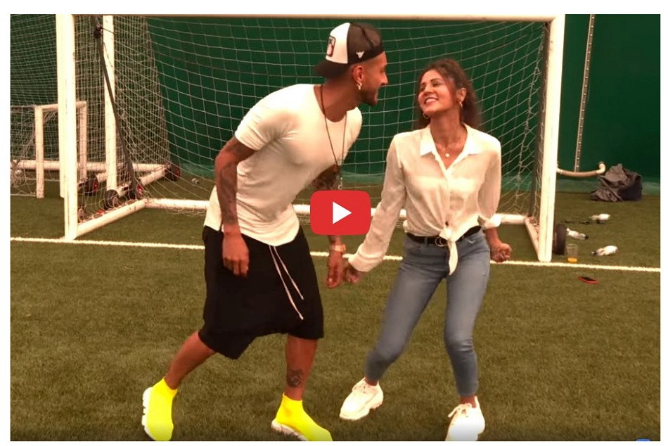 Argentine Footballer Roberto Pereyra Dances On Shah Rukh Khan S Baazigar O Baazigar Watch