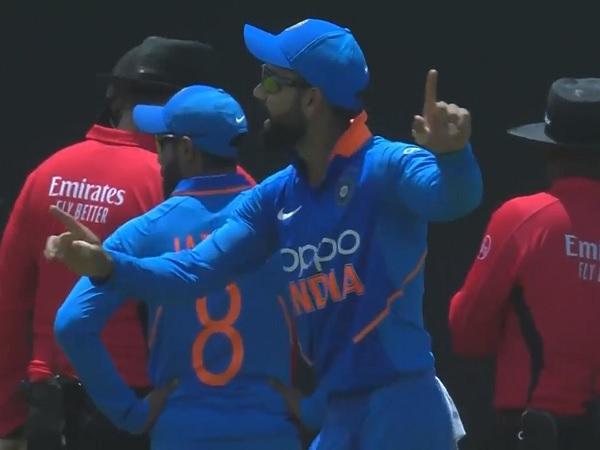 मैच में छाया कोहली का रेन डांस-