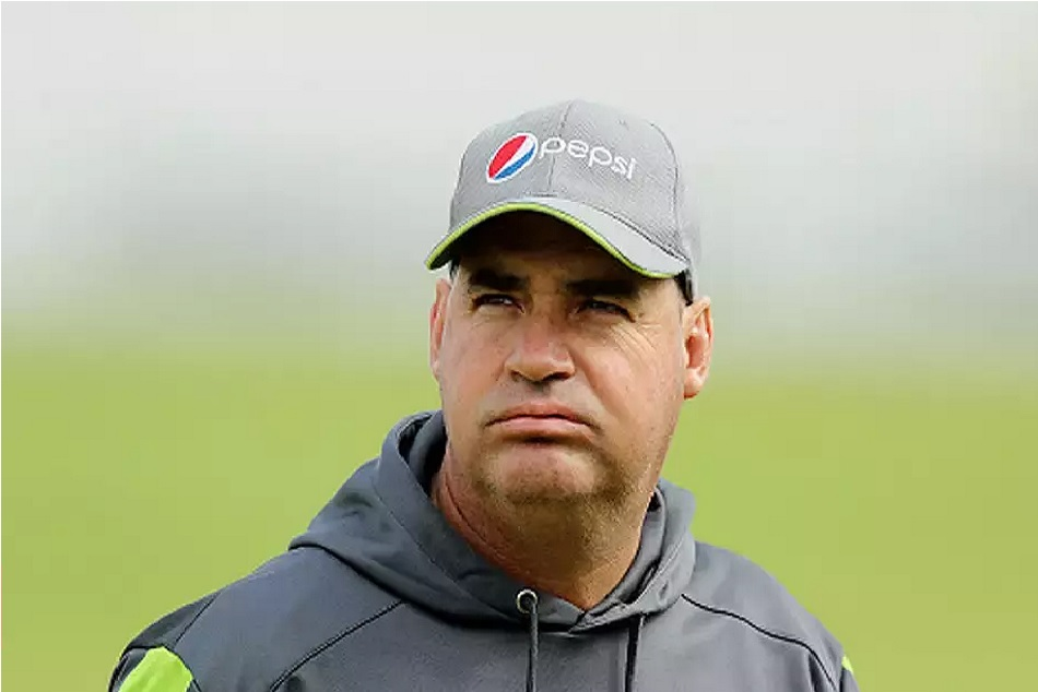 Misbah ul Haq front-runner in Pakistan's head coach race, Mike Hesson could be another name