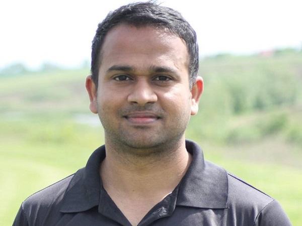 भारतीय बल्लेबाज ने लगाया शतक