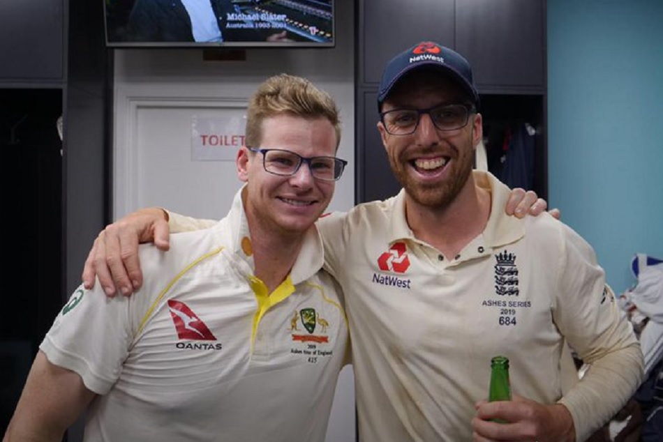 Steve Smith poses with Jack Leach after conclusion of Ashes 2019, England Cricket takes Dig