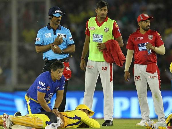 IPL में कमर के दर्द से परेशान हुए थे एम एस धोनी