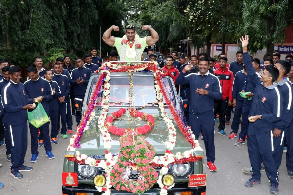 Body Building Championship: Indian Armys Havildar Anuj Kumar is welcomed after winning gold in 100 plus