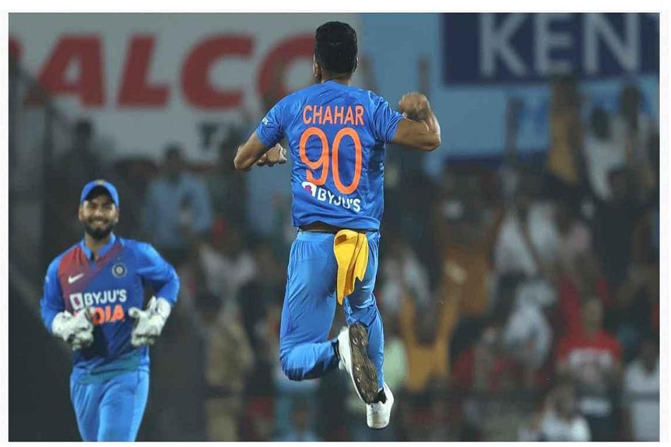 दीपक चाहर ने 3 दिन में ली दूसरी हैट्रिक, लगातार दूसरे टी-20 में किया कमाल