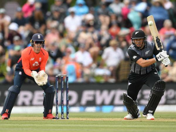 न्यूजीलैंड ने की खराब शुरुआत, बल्लेबाजों ने किया निराश