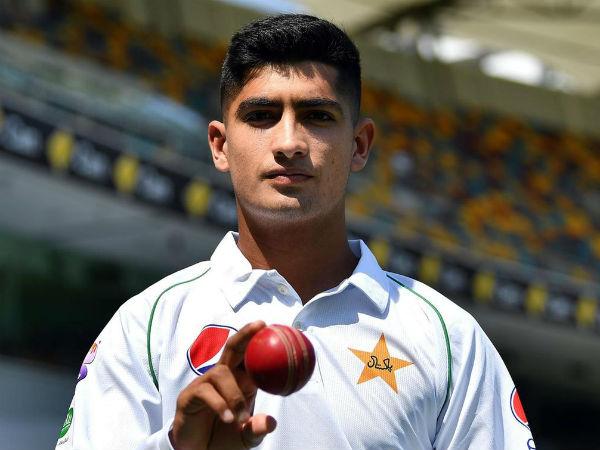 पाकिस्तान के लिये टेस्ट मैच में डेब्यू करने वाला सबसे युवा खिलाड़ी