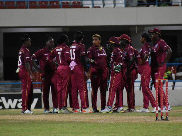 हरमनप्रीत के जाते ही ताश के पत्तों की तरह ढह गई भारतीय टीम