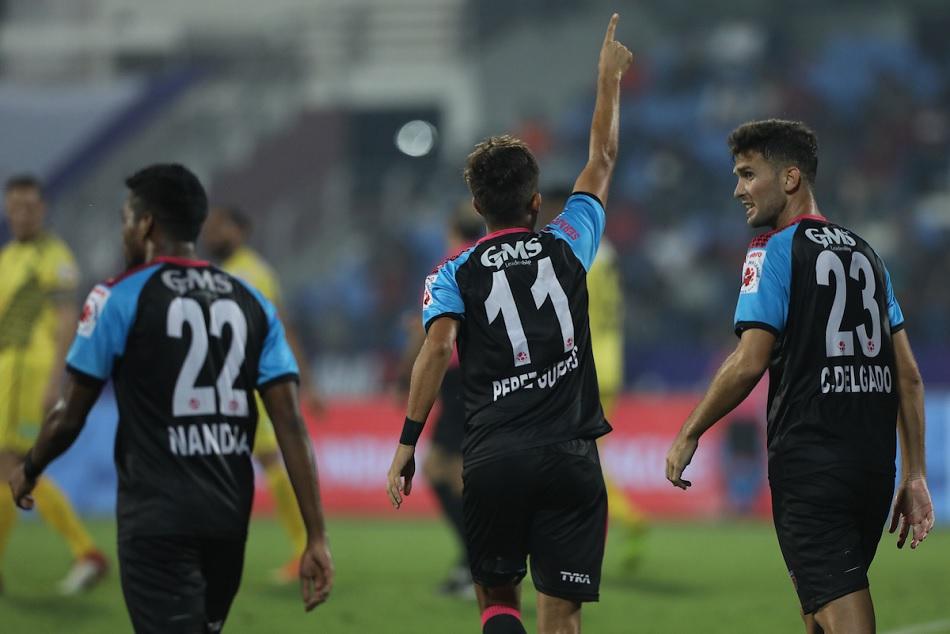 ISL 6: 10 खिलाड़ियों के साथ ओडिशा ने रोमांचक मैच में हैदराबाद को 3-2 से हराया
