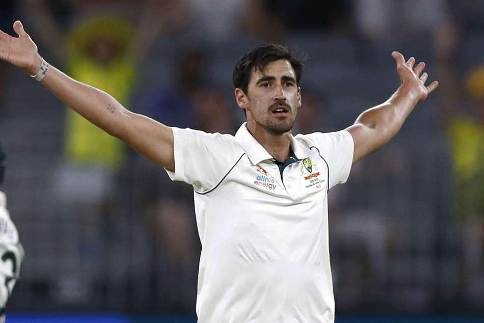 AUS vs NZ: Stark demolishes Kiwi batting order, Australia won by 296 runs