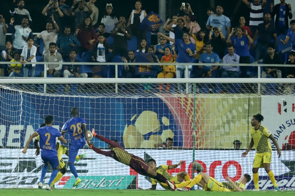 ISL-6: Mumbai FC opened winning account at home even playing with 10 players