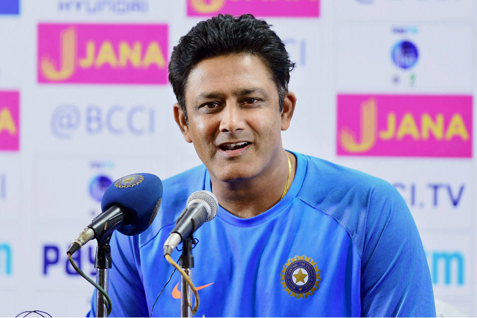 Anil Kumble advises to team india focus on strike pacers for T20 World Cup