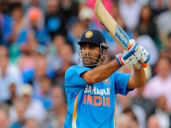 7. कप्तान और विकेटकीपर महेंद्र सिंह धोनी