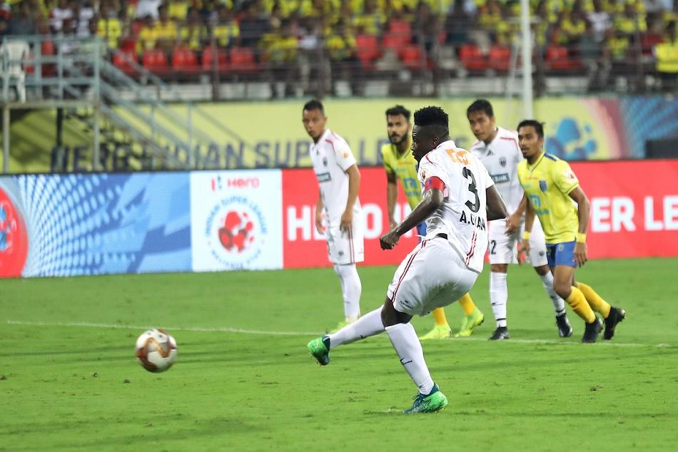 ISL 6: Kerala Blasters FC and NorthEast United FC played a 1-1 draw