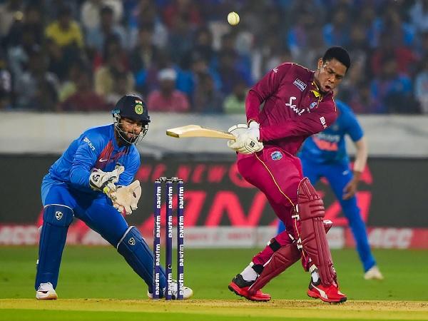 कैरेबियाई बल्लेबाजों ने जड़े खूब छक्के-
