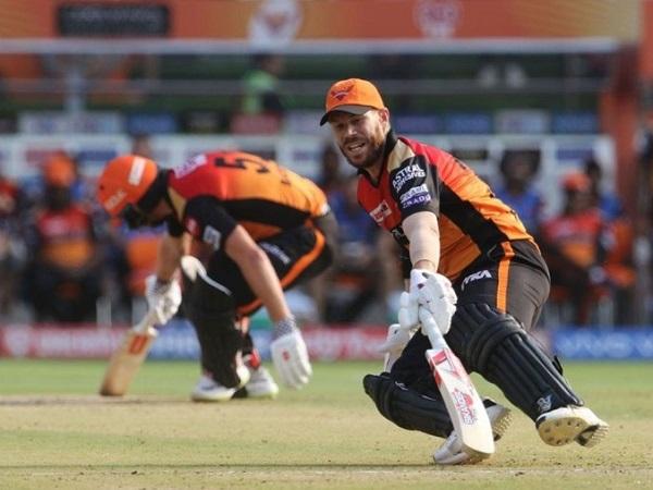 5. दो सलामी बल्लेबाजों का शतक