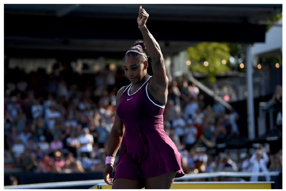 Serena Williams wins Auckland Classic and donates her winners cheque to Australias fire victims