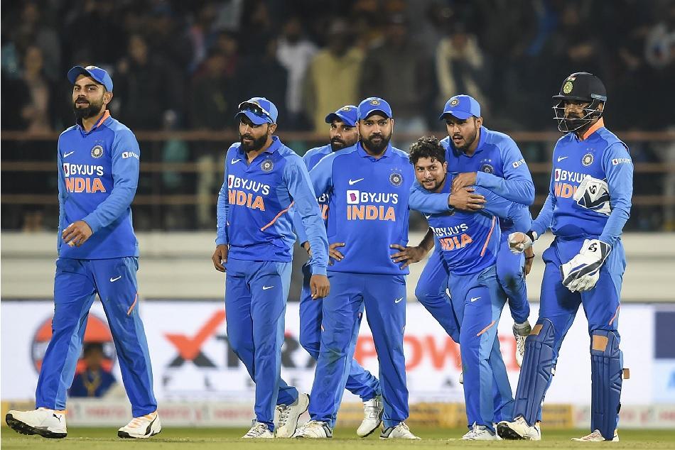 IND vs AUS Live Score 3rd ODI: ऑस्ट्रेलिया ने टॉस जीतकर लिया पहले बैटिंग का फैसला