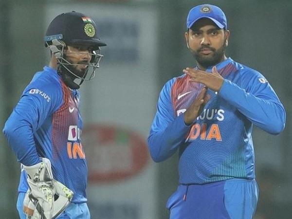 रोहित ने बताई 4 खिलाड़ियों के बीच समस्या