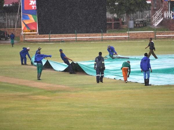 बारिश ने डाला मैचों पर असर