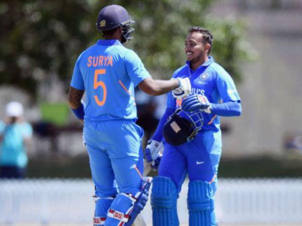 चेज नहीं कर पायी भारतीय टीम, 29 रनों से हारी।